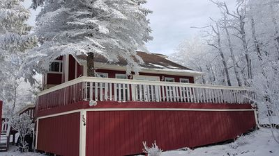 Photo for 4BD Chalet Walk to Slopes, Shopping and Restaurants