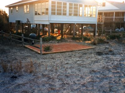 Beachfront  starts $1020wk, 3bdrm, 1.5bth, Sleeps 8, outdr shwer, WIFI, Cable