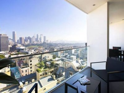 Photo for Stunning one bed harbour views TOT907