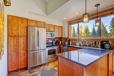 Ski Hill 8 - a SkyRun Breckenridge Property - Enjoy home cooked meals with the convenience of a fully equipped kitchen