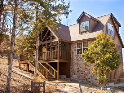 Photo for WOODHAVEN! Spacious 4 Bed/4 Bath Cabin in Stonebridge by Silver Dollar City