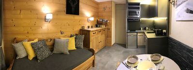 Photo for Superb 2 rooms in the heart of VAL THORENS and at the foot of the slopes
