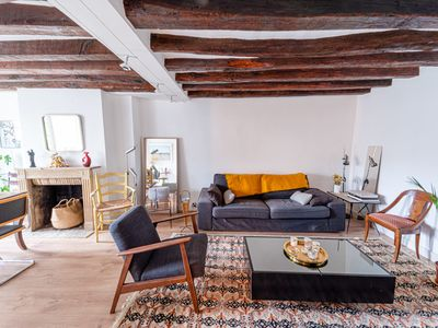 Photo for Charming apt close to Notre Dame de Paris