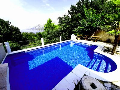 Photo for Stone Brela complex with private swimmingpool, wifi, parking and seaview!