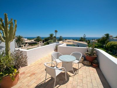 Photo for Villa Isabella Beautiful, 2-Schlafzimer pool villa with fantastic sea views