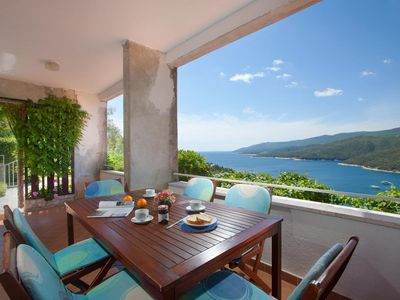 Photo for Three bedroom apartment with terrace and sea view Rabac (Labin)