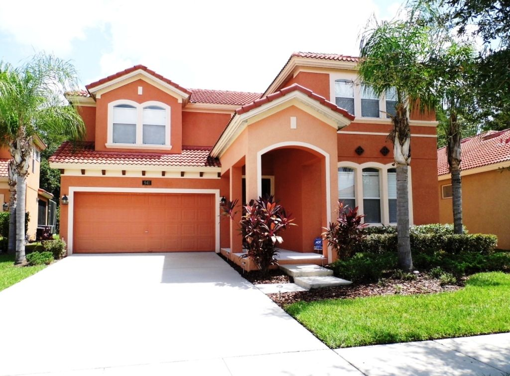 Huge 4 bedroom villa on the bellavida resort close to all the major theme parks kissimmee 5 bedroom resorts in orlando fl