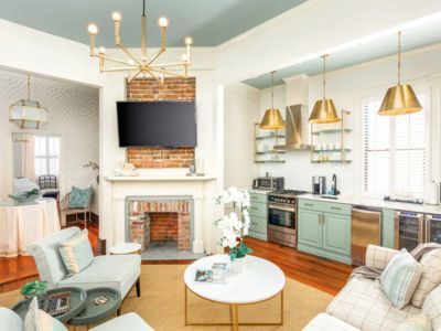 Photo for ★ The Inns at 154 Spring - Beautiful 2 BR / 2 BA ★