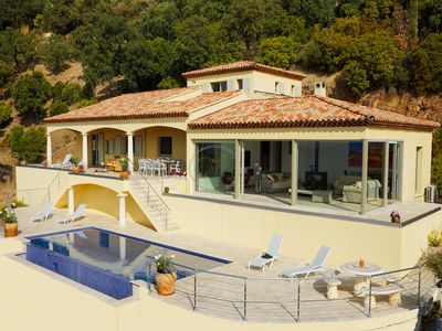 Photo for Superb Villa in Valcros for 9 persons with pool and sea view