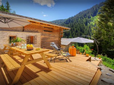 Photo for Secluded mountain chalet for 12, close to lifts, great views - OVO Network