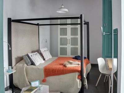 Photo for Double room for 2 guests with 20m² in Sevilla (126955)