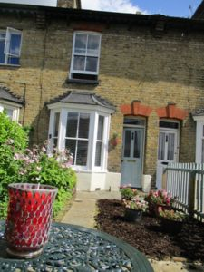 Photo for Charming 2 bed 'Hidden Gem' with adjacient parking in the heart of Canterbury
