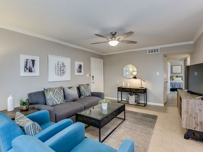 Photo for MOD condo, walk/bike to heart of OLD TOWN Scottsdale, Sleeps 6, 2 pools/gym