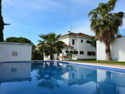 Photo for CASA GRANDE CON PISCINA CERCA DE LA PLAYA - Six Bedroom House, Sleeps 14