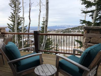 Huge deck with 20-miles views is great in Summer and Winter!