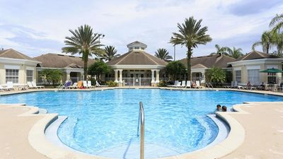 Photo for Large 3 bdrm Condo/Windsor Palms/Huge pool