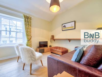 Photo for Charming Mews House in the Heart of the City