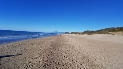 Photo for Carib Playa Marbella 5 Mins Walk To This Beach And Short Stroll To Cabopino