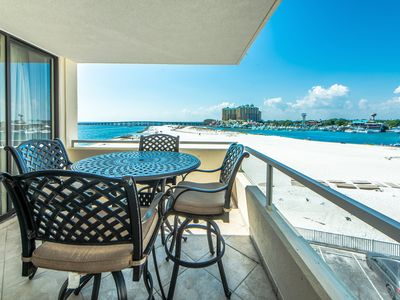 Photo for ☀East Pass 407☀Updated 2BR- AMAZING Harbor Views! - OPEN May 27 to 30 $1,153!
