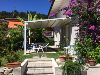 Photo for Apartment in Villa with private garden, fenced, close to the beach