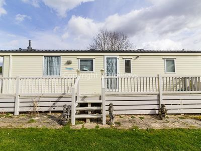 Photo for Static caravan for hire at Breydon water holiday park in Norfolk ref 10089