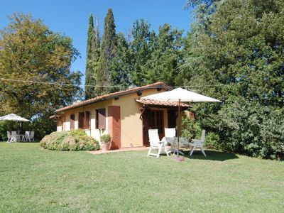 Photo for 2 bedroom Villa, sleeps 4 in Sergine di Sotto with Pool and WiFi