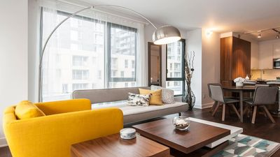 Photo for Downtown Luxury & Modern Condo