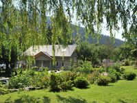 Superb quality accommodation and facilities. In an idyllic location with breathtaking scenery.