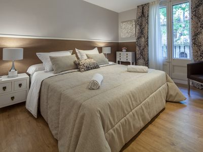 Photo for 4 Bedrooms 5 bathrooms in eixample