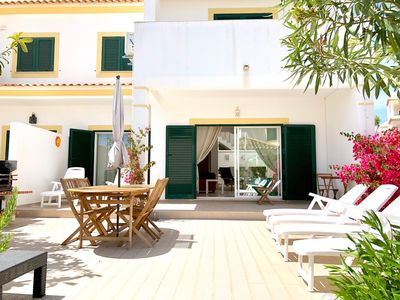 Photo for Albufeira, house with pool, 300m from the beach !!