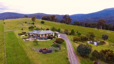 Photo for WILD DOG RISE - sleeps 16 -base MT BULLER  Perfect ski Getaway - local discounts