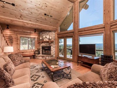 Photo for Mountain Valley View, 3 Bedrooms, Sleeps 6, Fireplace, Hot Tub, Views, 5 TV's