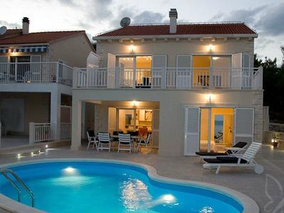 Photo for Holiday house Sumartin for 8 - 12 persons with 4 bedrooms - Holiday house