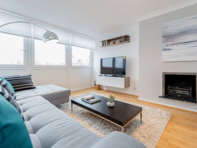 Photo for Holland Park Heights I - 2bed flat near Notting Hill - by BaseToGo