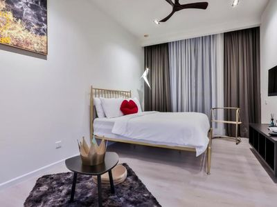 Photo for Deluxe King Suite with Garden View 11