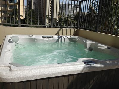 Photo for WAIKIKI ONE BEDRM STUDIO/CONDO IN THE FOUR PADDLE  PARKING FREE WIFI