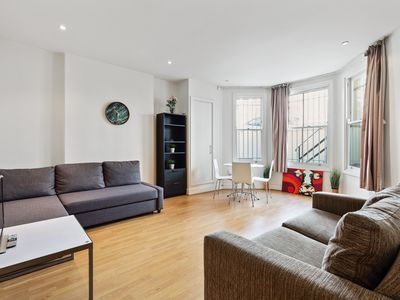 Photo for Stunning 1 Bed Apartment w/Terrace near Earls Court