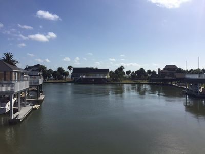 Gated Top and Bottom Deck Safe Children  3BR Sleeps 9 Bay Canal Great Fishing !