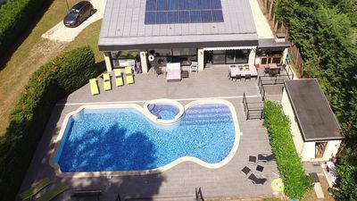 Photo for PARIS 30 KM. PROPERTY ON 4000M ² WITH SWIMMING POOL.