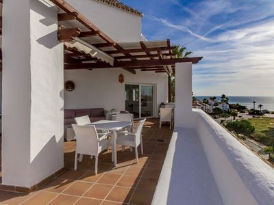 Photo for Penthouse 90 m2 + 50 m2 terrace / Sea view / Internet / Direct access to the beach /