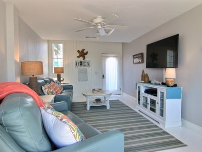Photo for Port A Strong: PRIVATE POOL, Close to Beach, Free Golf Cart, Beautiful Decor