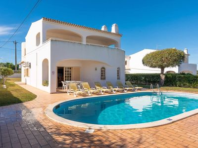 Photo for Perfect for all the Family, Near the beach, Private Pool