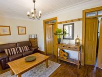 Delightful apartment, location and hosts