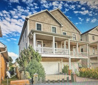 Photo for NEW! Spacious Norfolk Townhome- 2 Blocks to Beach