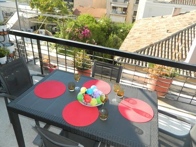 Photo for Charming 1BD apartment in Plaka, large terrace, views