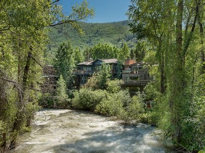 Photo for Beautiful Aspen Riverside Rental 5 Blks from Gondola 4bd/3BA
