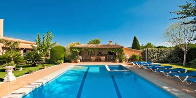 Beautiful and large private pool of Villa Rosaleda in Pollensa