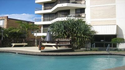 Photo for Surfside Court 4 - close to beach & Surf Club