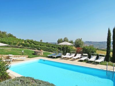 Photo for Lovely apartment for 4 guests with pool, WIFI, TV, balcony and parking