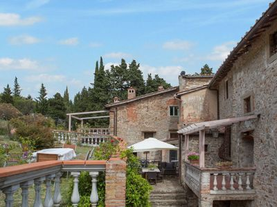 Photo for Apartment Fabbroni (SPC161) in San Polo in Chianti - 6 persons, 3 bedrooms